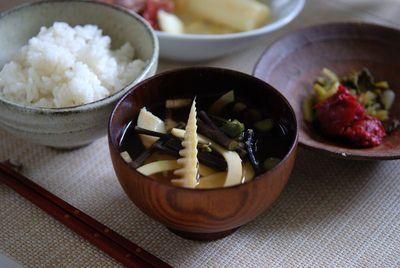 筍とワラビの味噌汁