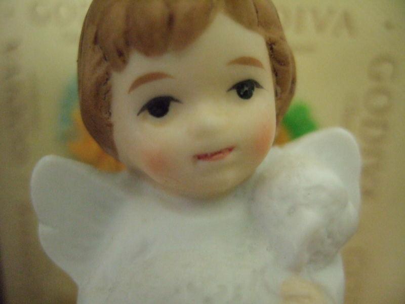 2007_0211天主堂の天使0006