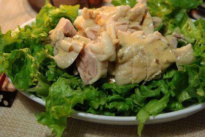 茹で鶏のサラダ