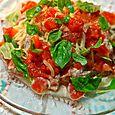 鯖の水煮缶とトマトのパスタ
