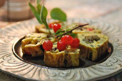 山菜と梅桃の卵焼き2