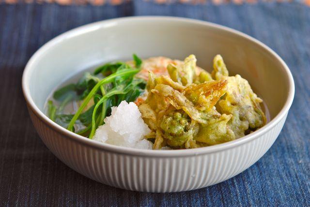 フキノトウの天ぷらと豆腐の蒸し物