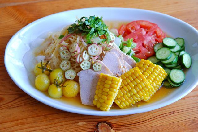 ローストポークと夏野菜の冷やし中華
