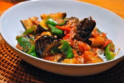 夏野菜の辛味噌炒め