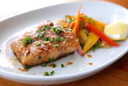 鮭のムニエルほんのりカレー風味