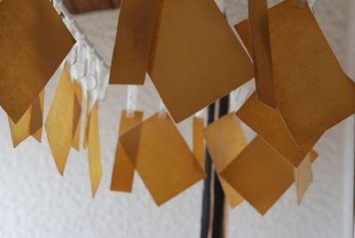 ゴールドクレストで紙を染める