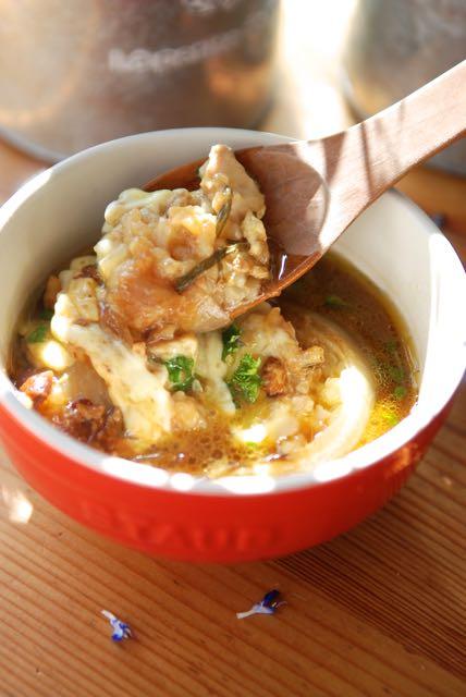 スタッフドオニオンのスープ