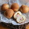 ベーコンとクリームチーズの丸パン