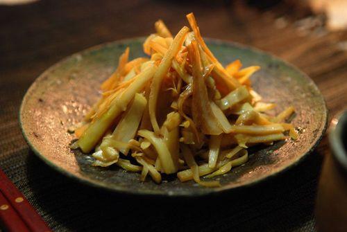筍姫皮の炒め物